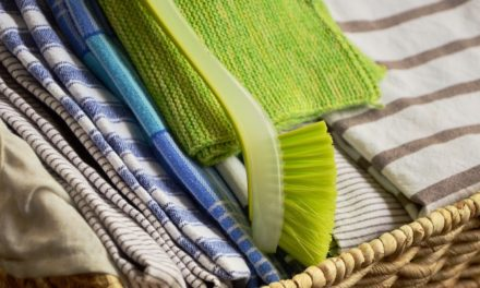 10 Ways To Save On Cleaning Supplies